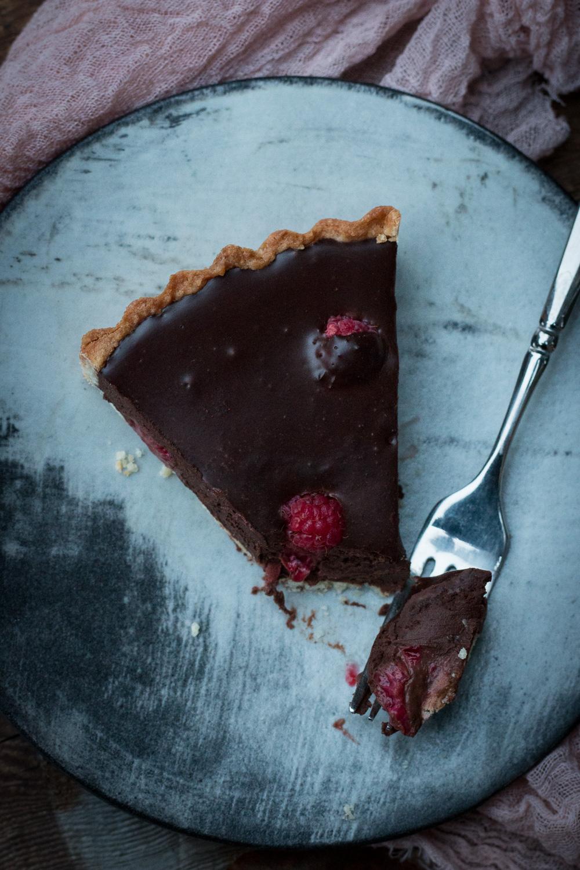 Fudgy chocolate and raspberry tart | Linden & Lavender