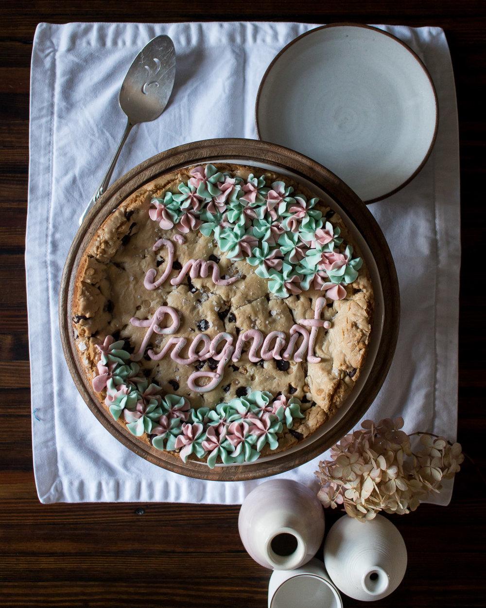 I'm Pregnant Cookie Cake | Linden & Lavender