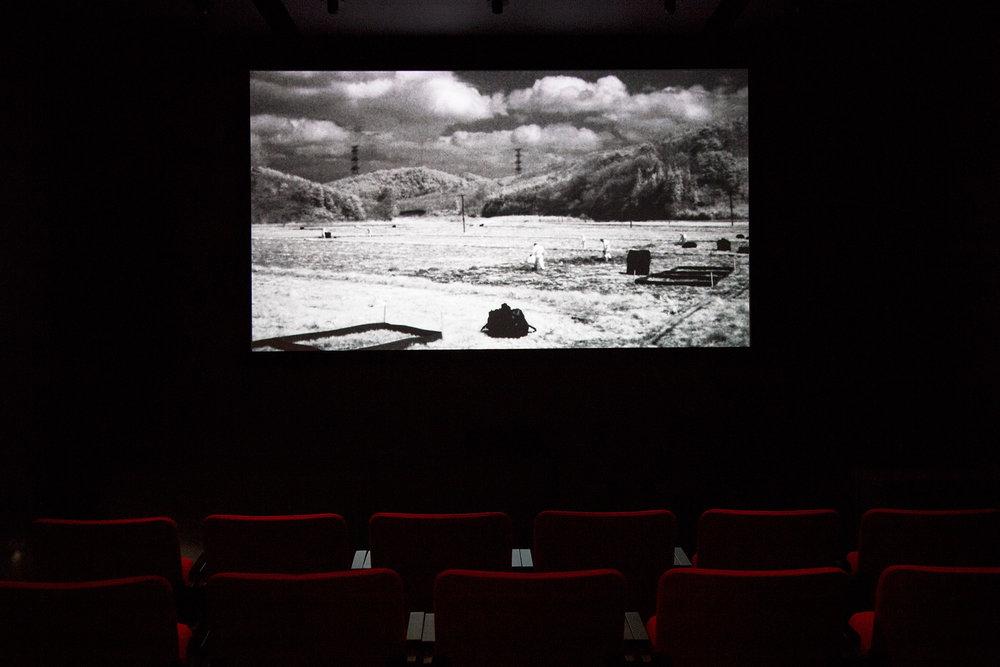 © The Otolith Group, The Radiant (2012). Vue de l'exposition. Photo : Dazibao.
