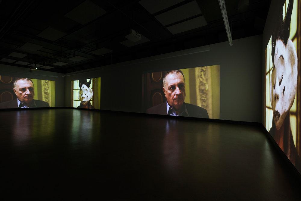 © Nicolas Klotz &Elisabeth Perceval,Je sais courir mais je ne sais pas m'enfuir (2014). Vue de l'exposition.Photo : Marilou Crispin.