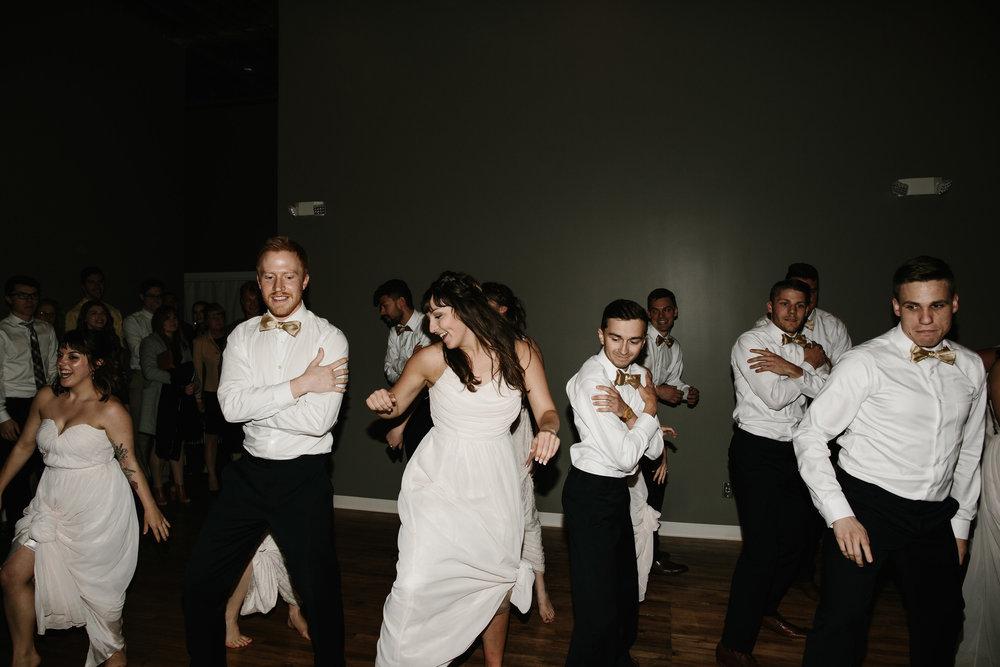 FLORAPINEPHOTOGRAPHY_BRANDONLYDIA_DANCE-89.JPG
