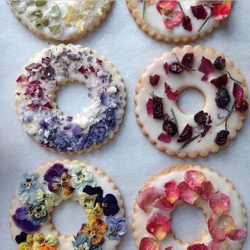 flowercookies.jpg