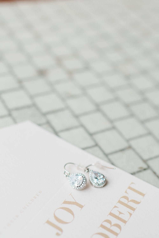 Mercantile-Hall-Wedding-Photographers-AB-009.jpg