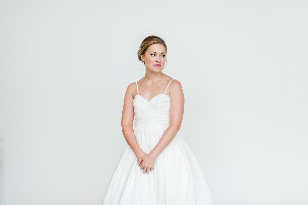 Mercantile-Hall-Wedding-Photographers-AB-020.jpg