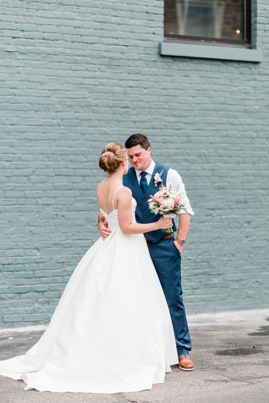 Mercantile-Hall-Wedding-Photographers-AB-028.jpg