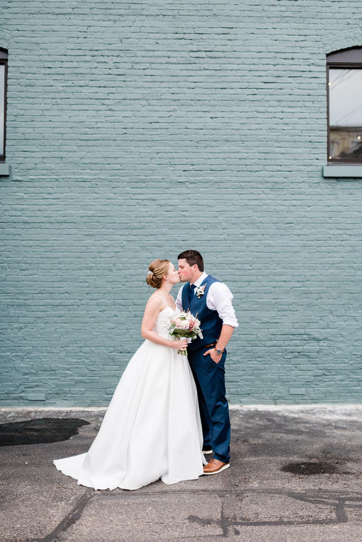 Mercantile-Hall-Wedding-Photographers-AB-031.jpg