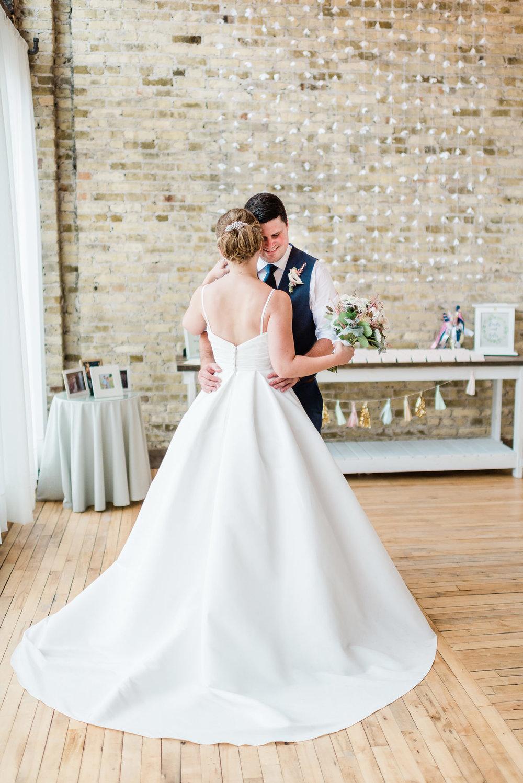 Mercantile-Hall-Wedding-Photographers-AB-034.jpg