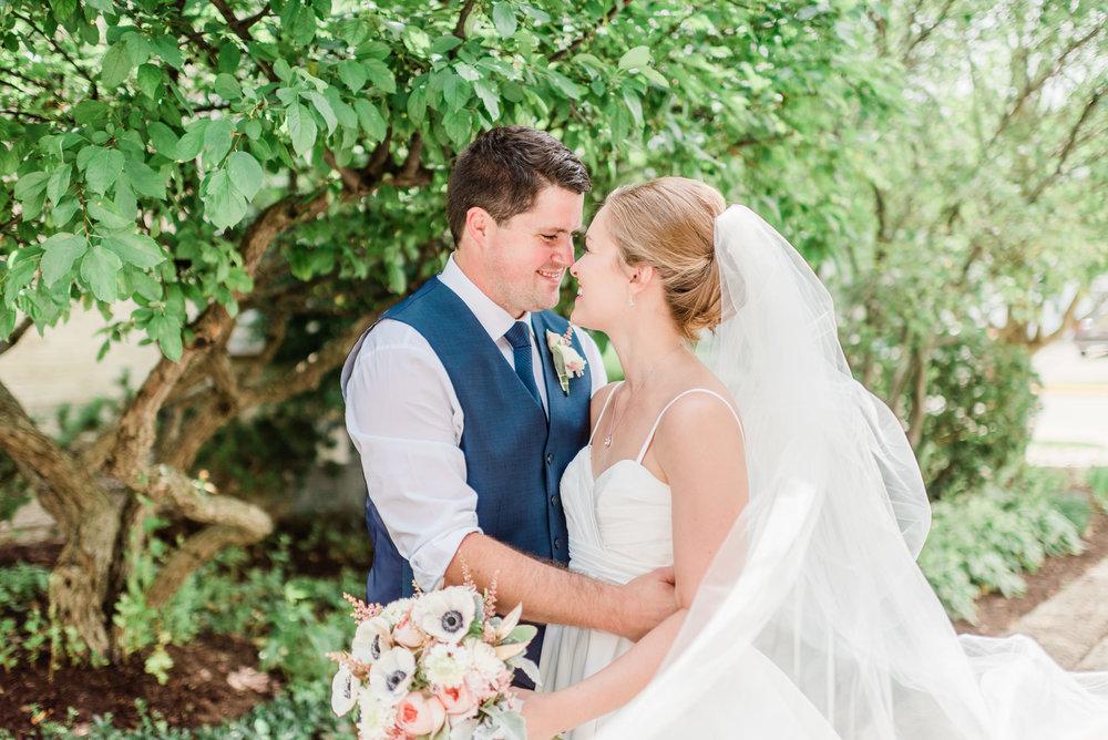 Mercantile-Hall-Wedding-Photographers-AB-062.jpg