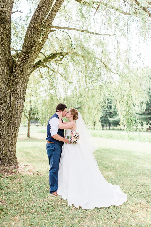 Mercantile-Hall-Wedding-Photographers-AB-061.jpg