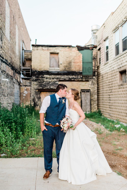 Mercantile-Hall-Wedding-Photographers-AB-127.jpg