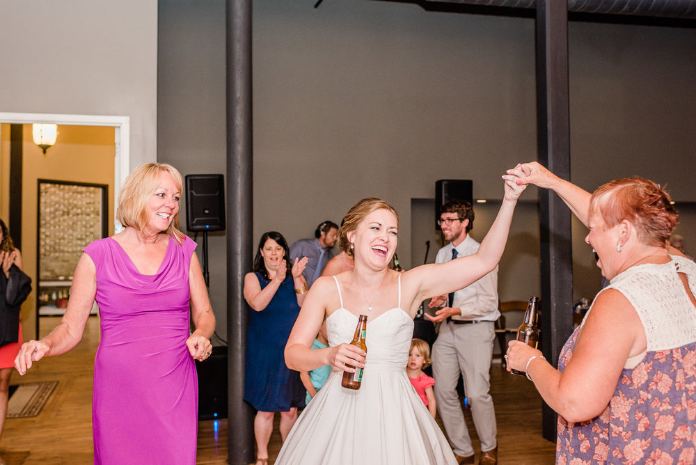 Mercantile-Hall-Wedding-Photographers-AB-138.jpg