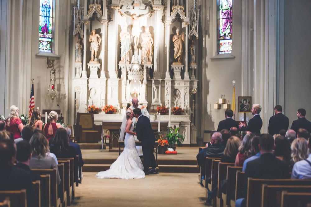 Lindsay & Mike's Wedding 138.jpg