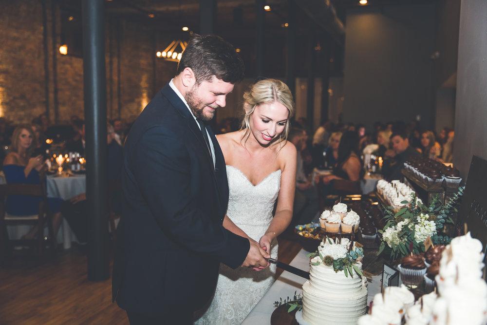 Lindsay & Mike's Wedding 405.jpg