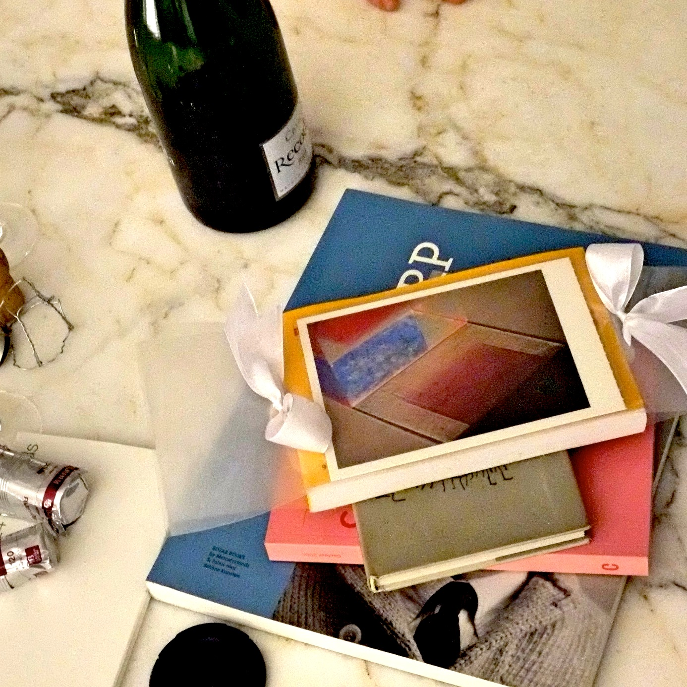 vierkant Iphone stapel boek
