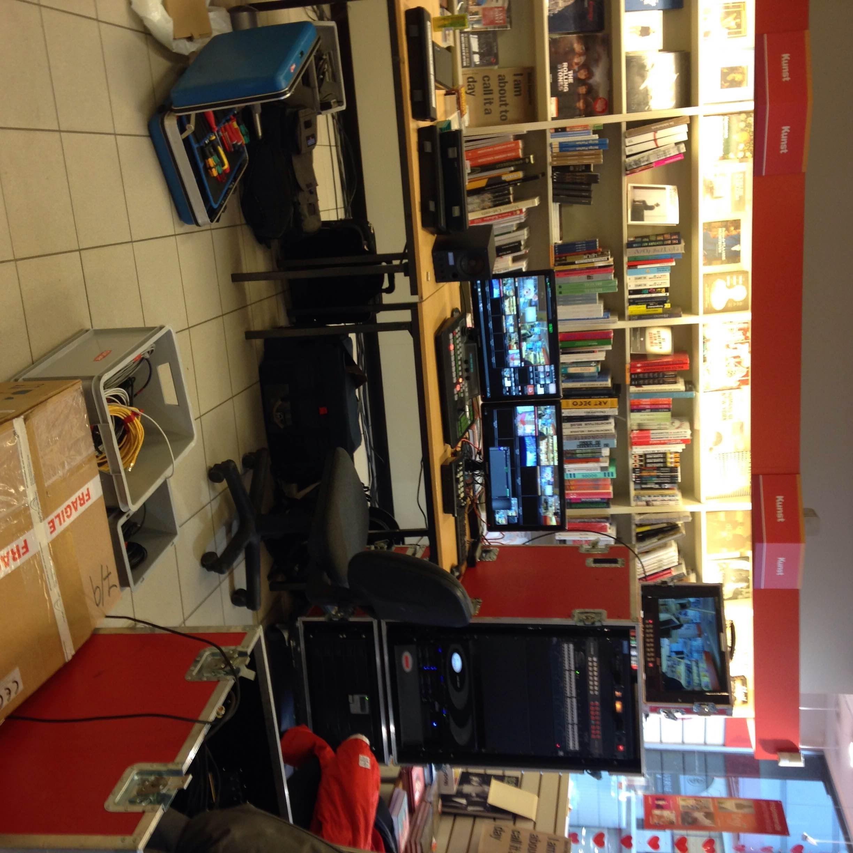 Q Music in de winkel
