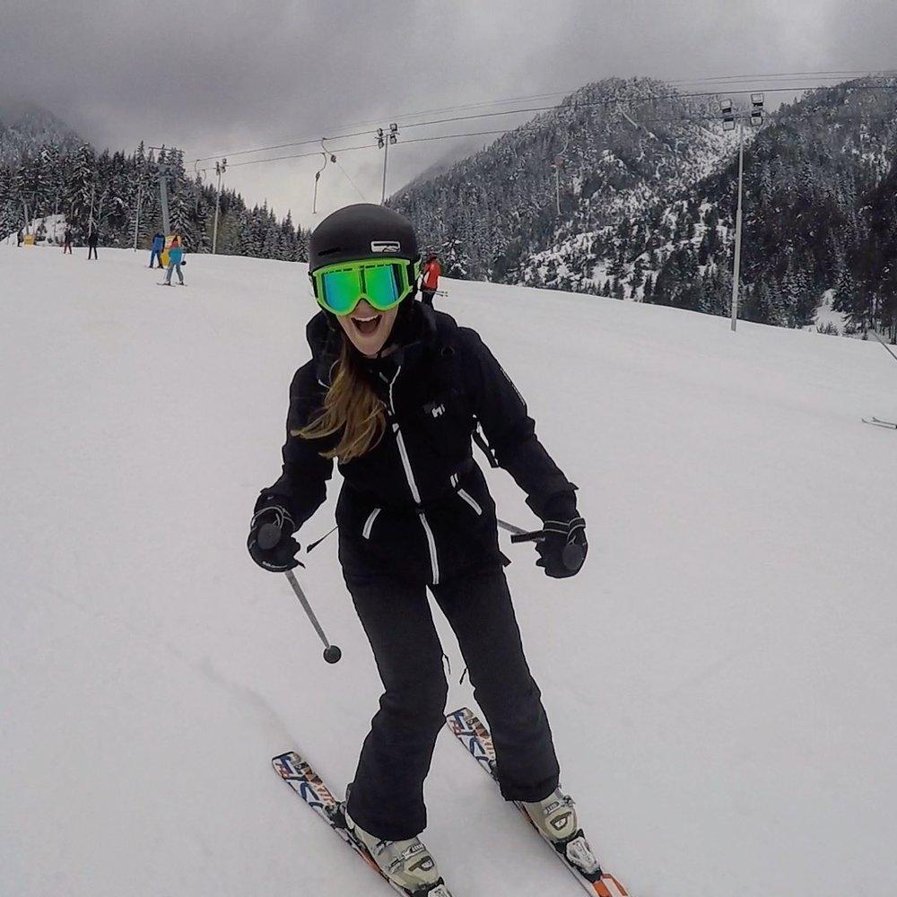 I can ski (ish!)