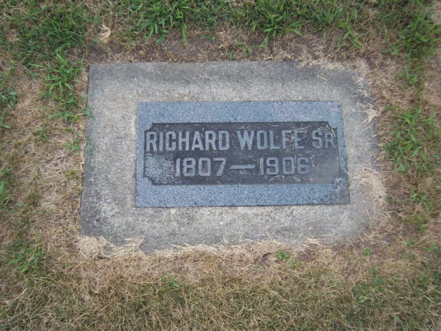 Gravestone of Richard Wolfe, Saint Columba Cemetery, Ottawa, Illinois (Find a Grave / The VanFleets)