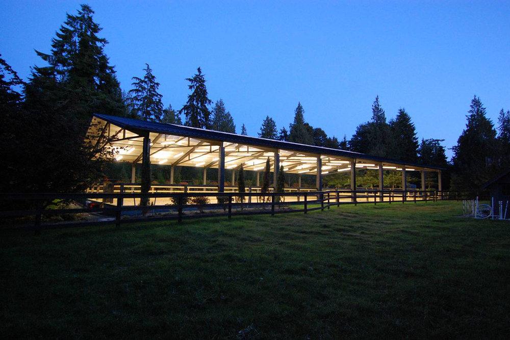 modern-dressage-arena-4.jpg