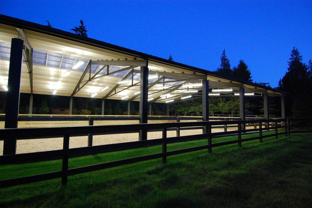 modern-dressage-arena-5.JPG