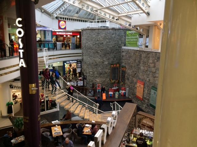 mall castle.JPG