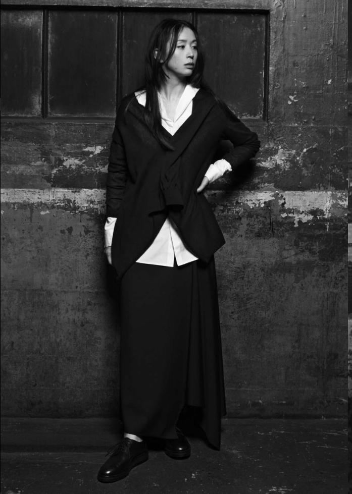 Henriette-L_Yohji-Yamamoto