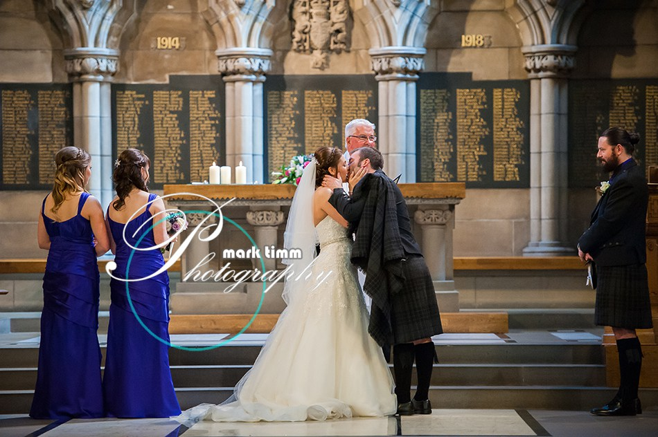 Glasgow-university-wedding-photographer-11.jpg