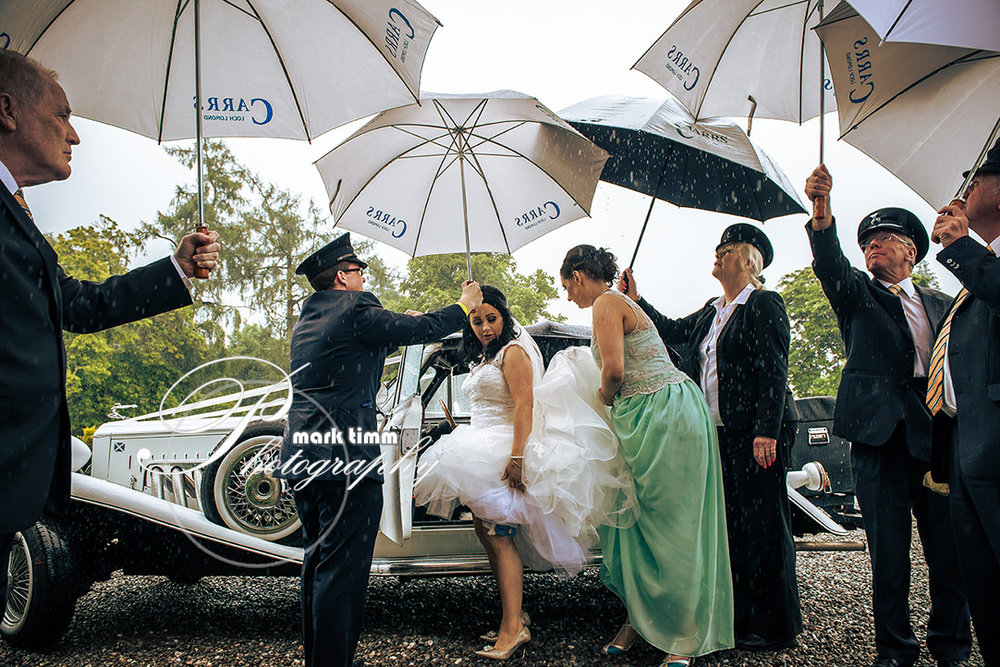 loch lomond rainy wedding