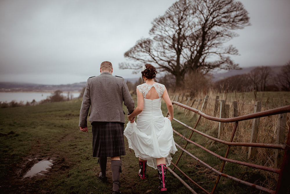 scottish alternative wedding photographer ingliston farm scenery