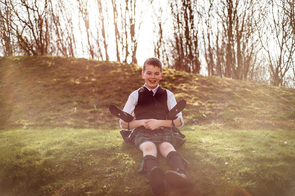 fun wedding photographer glenskirlie scotland glasgow
