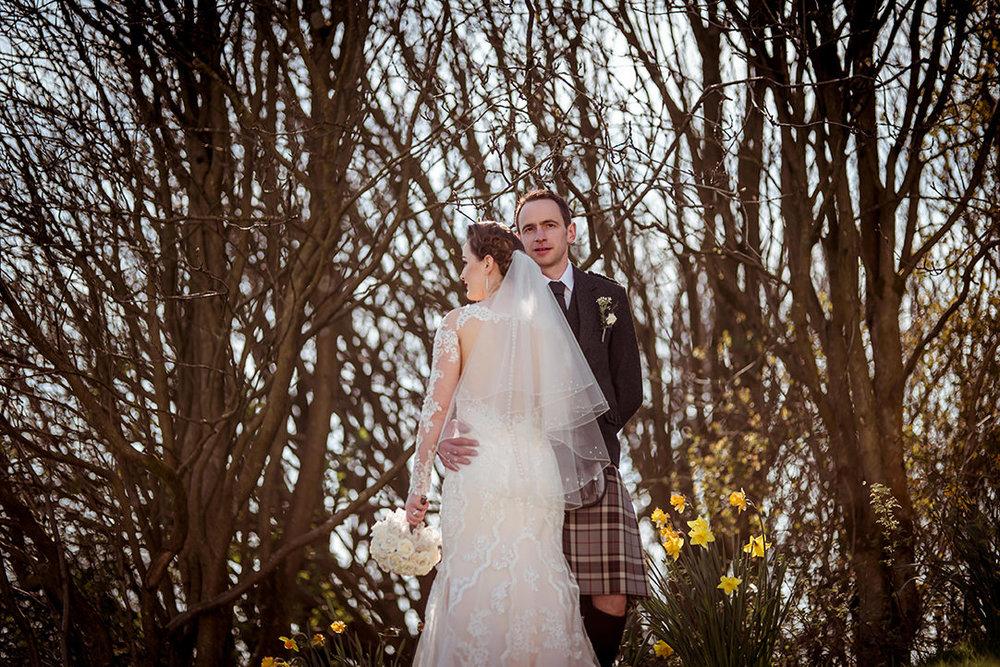 glenskirlie stirling wedding photographer tulips
