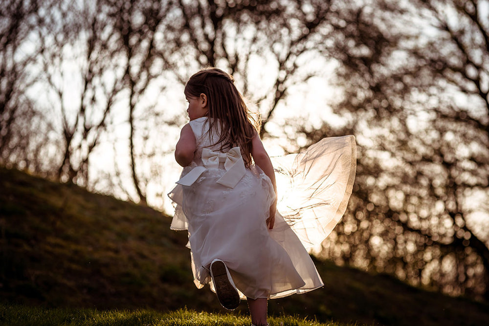 scottish wedding photographer fun natural glenskirlie