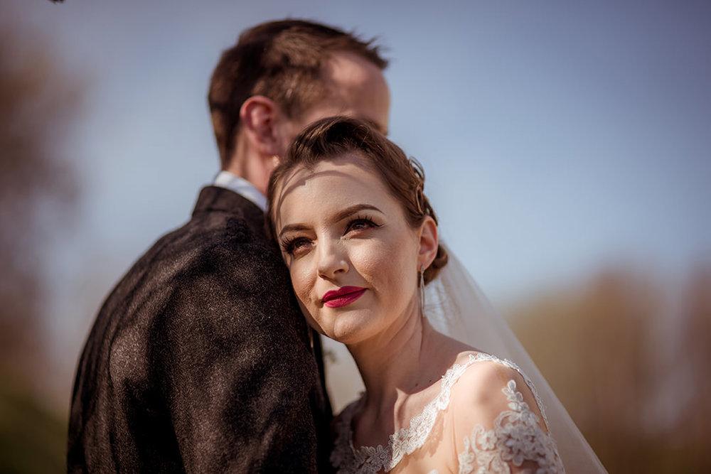 vintage bride romantic wedding scotland photographs lace dress