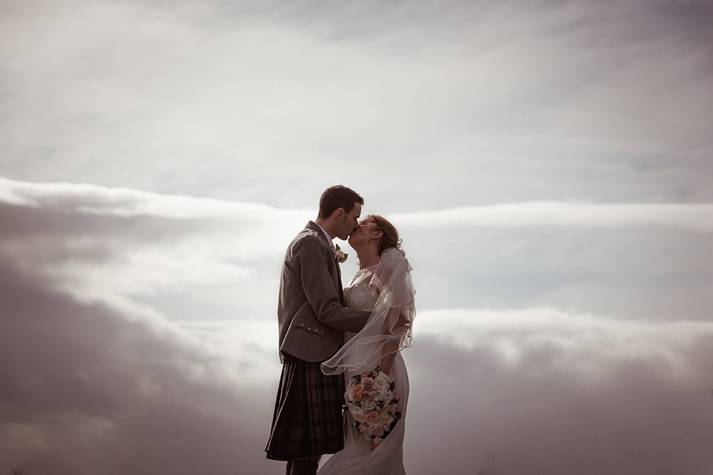 natural creative wedding photographer scotland glasgow