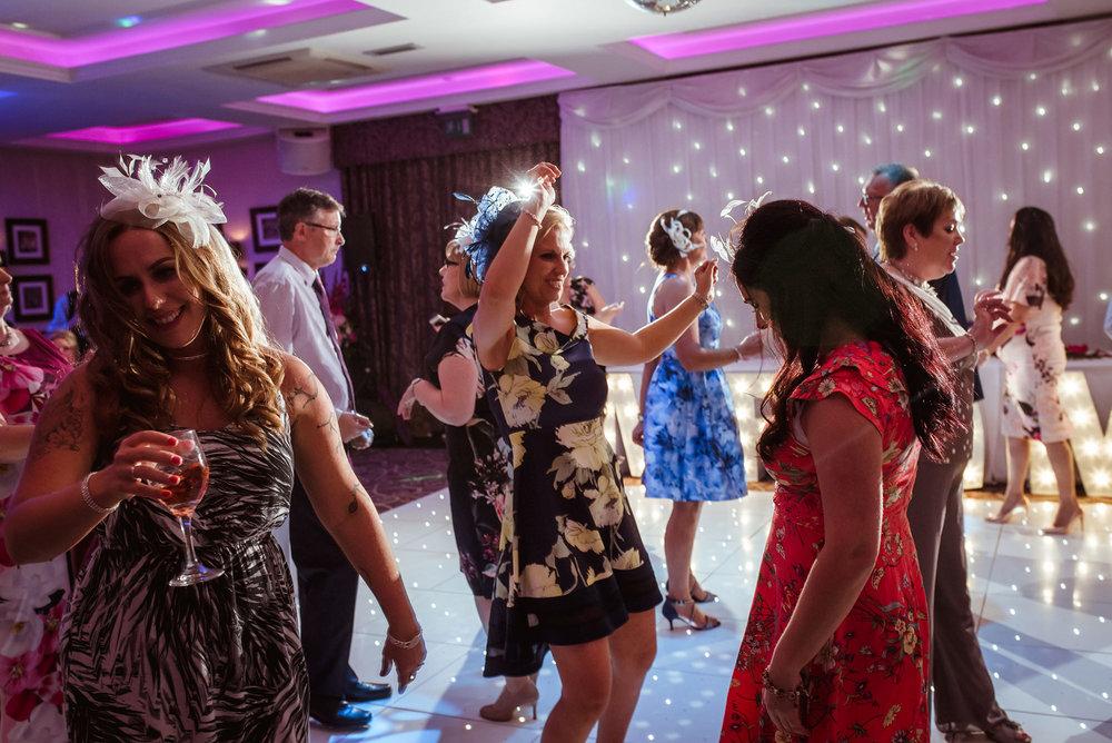 lynnhurst dancefloor
