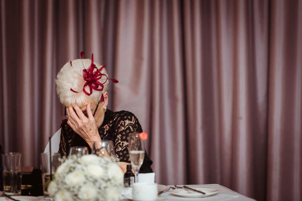 comedy wedding photographs