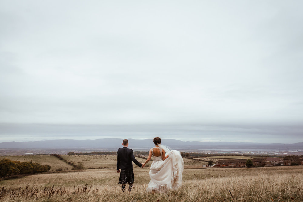 natural wedding photography falkirk