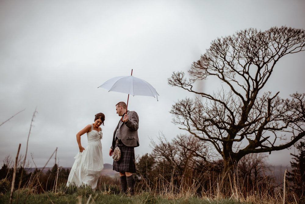 prepare-for-rain-wedding-scotland