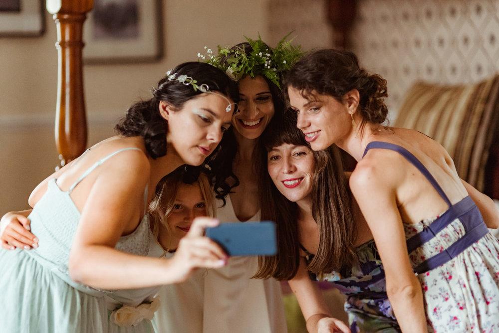 funny-wedding-photography-scotland (6).jpg