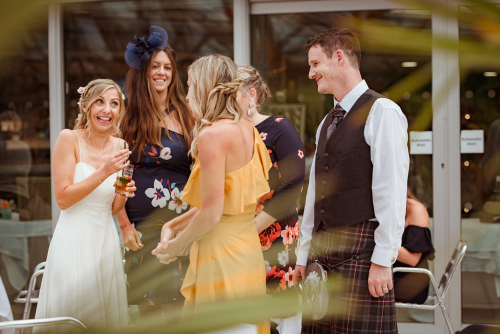 natural-wedding-photography-alnwick.jpg