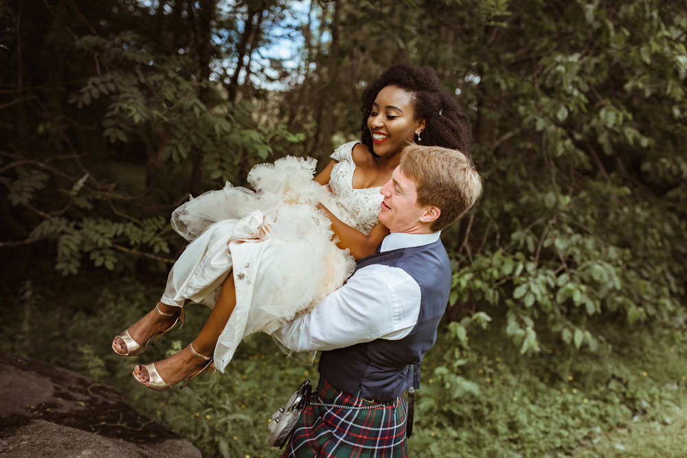glenskirlie-wedding-photographer.jpg