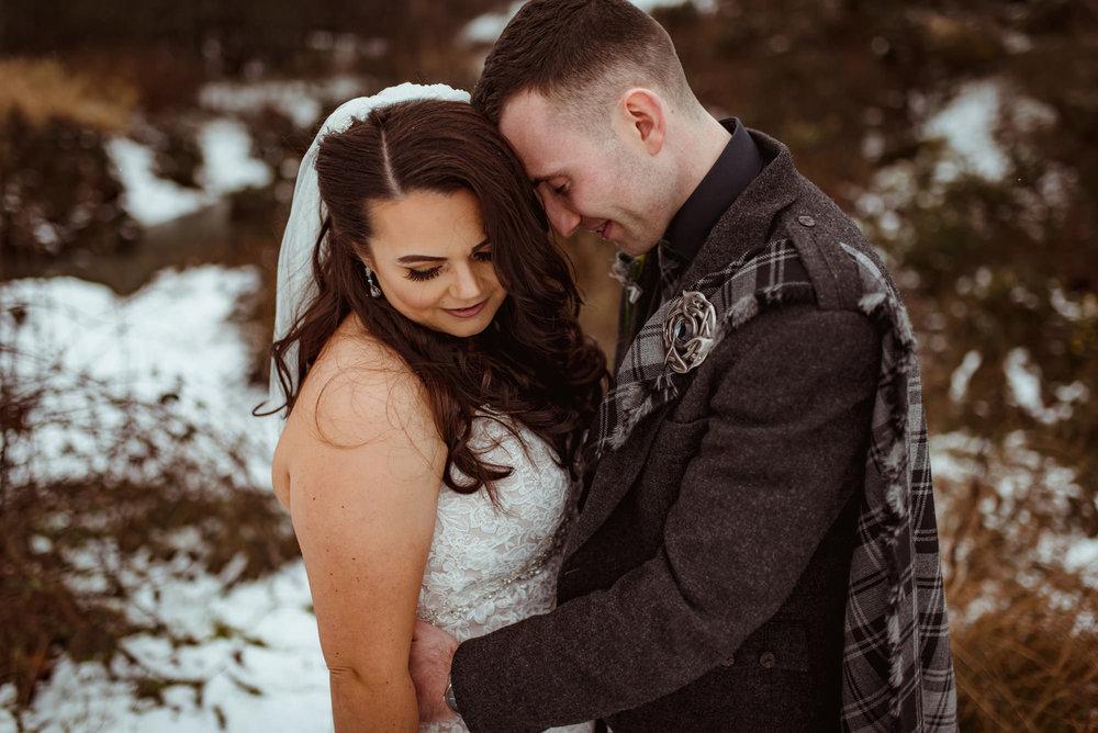 glenskirlie-wedding-snow.jpg