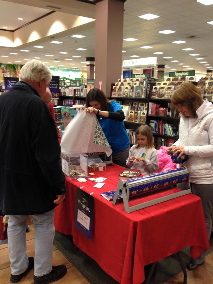 Students, parents, and teachers volunteered their time to gift wrap at Barnes and Noble in Wilkes-Barre. All donations were contributed to the Jenny Lynn Elementary student selected charities.