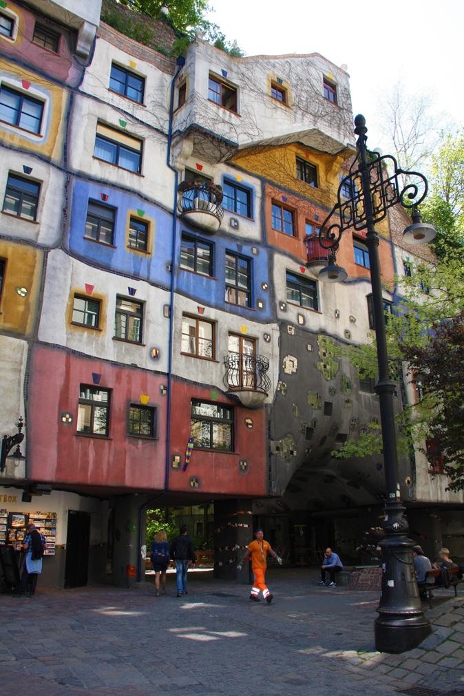 Hundertwasser Haus2_Vienna