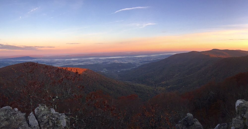The breathtaking view from the top of Hawksbill, facing West.