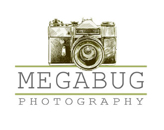 Miss MegaBug_MegaBug Photography_logo
