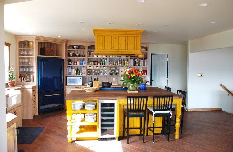 Bold Colours, Eclectic design — Ellis Creek Kitchens