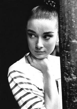 Audrey Hepburn Mariniere.jpg