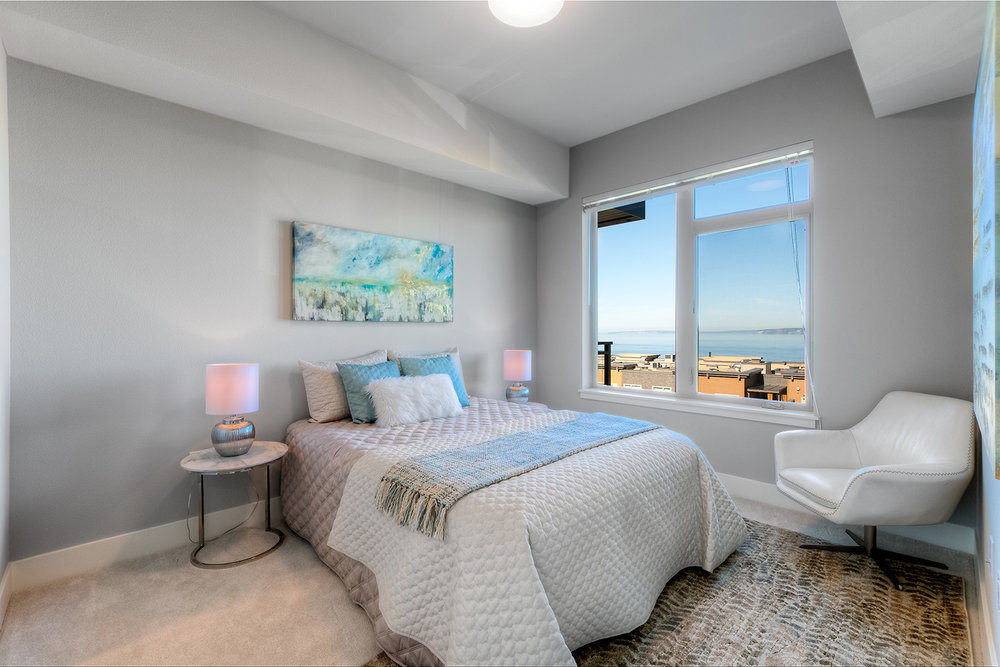 50 Pine Bedroom5.jpg