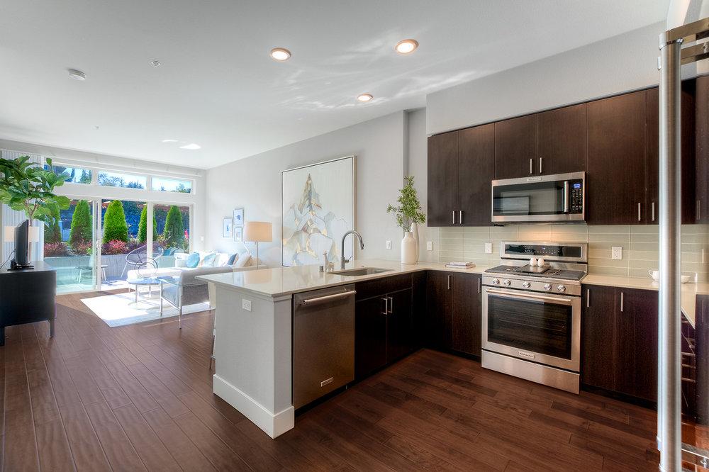 50 Pine Kitchen&Living3.jpg