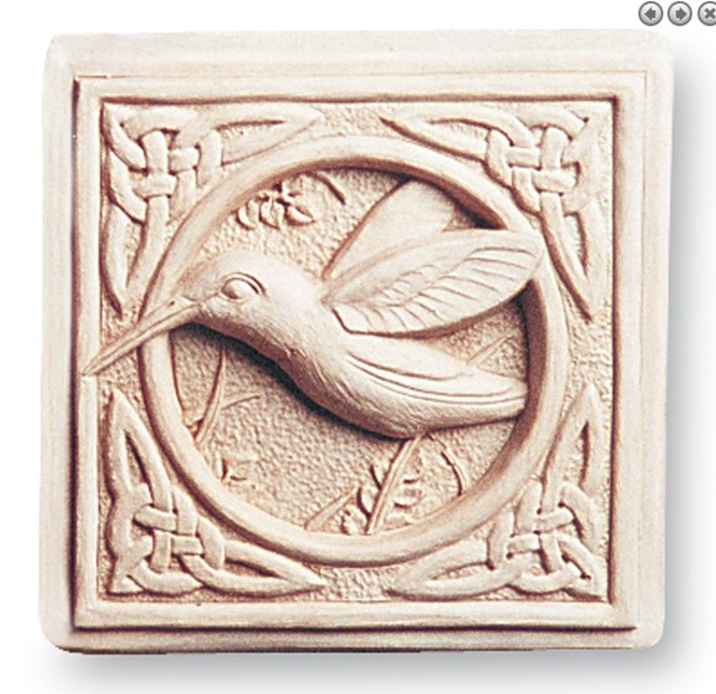 Celtic Hummingbird Plaque 146.JPG